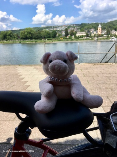 Pudgey goes to Europe
